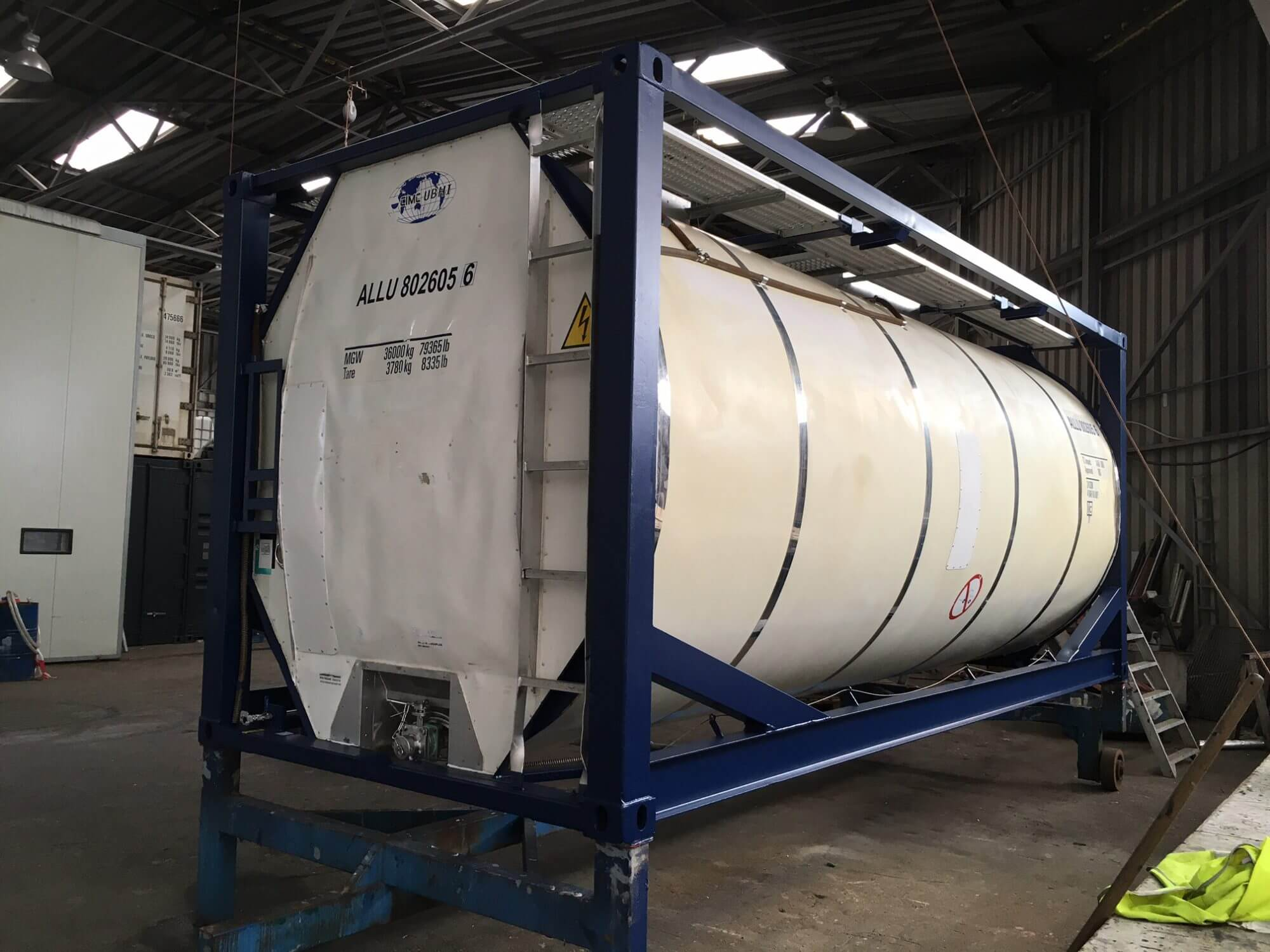 Alconet has secondhand tank containers for sale